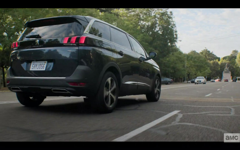 Peugeot 5008 Car in Soulmates S01E01
