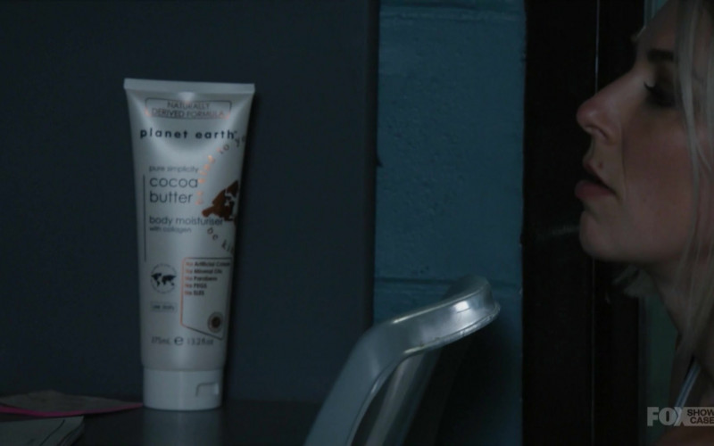 Planet Earth Cocoa Butter Body Moisturiser in Wentworth S08E10