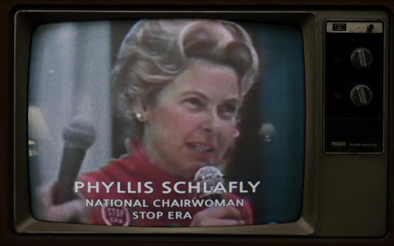 RCA TV in The Glorias (2020)