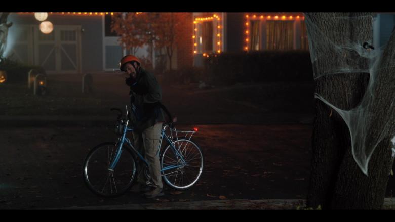 Raleigh Bicycle of Adam Sandler as Hubie Dubois in Hubie Halloween Movie by Netflix (2)