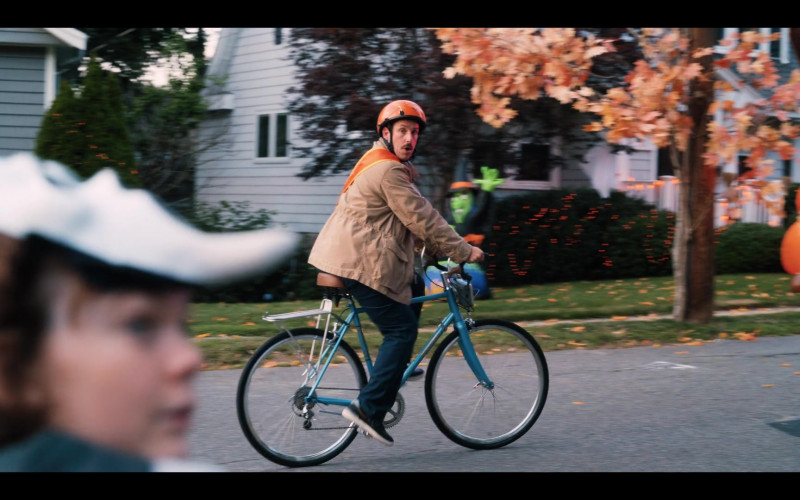 Raleigh Bicycle of Adam Sandler as Hubie Dubois in Hubie Halloween Movie by Netflix (5)
