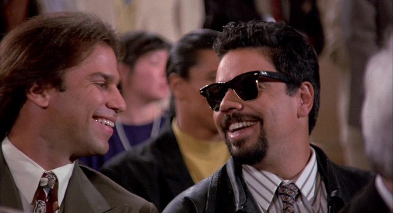 Ray-Ban Wayfarer Men's Sunglasses in Angels in the Outfield (1994)