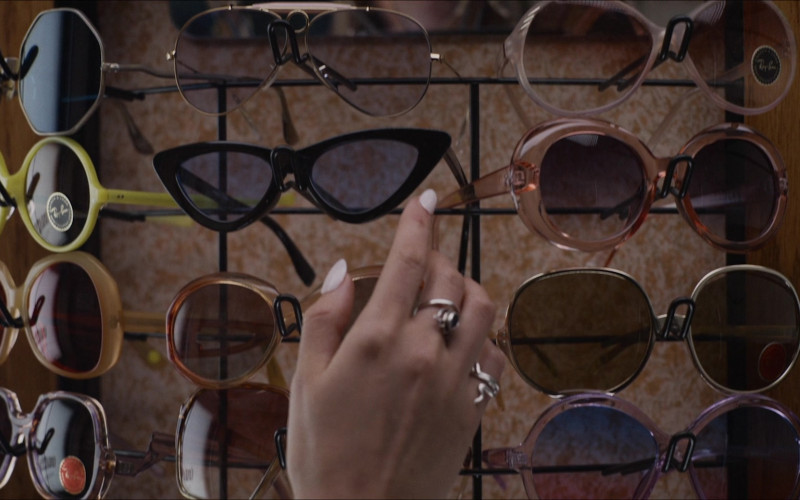 Ray-Ban Women's Vintage Sunglasses in The Glorias (2020) Movie