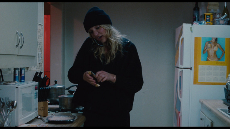 Red Bull Energy Drinks and Revere Ware of Cameron Diaz as Elizabeth Halsey in Bad Teacher (2011)