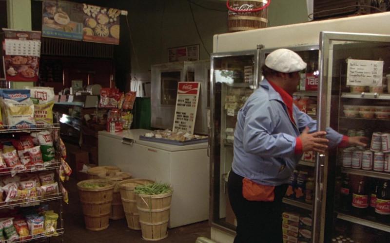Ruffles, Lay's, Coca-Cola, Tab, Budweiser in The Cannonball Run (1981)