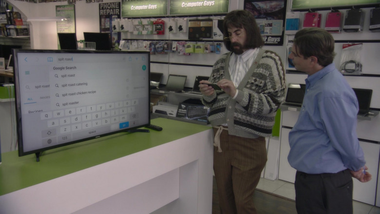 Samsung TV in Borat Subsequent Moviefilm (2)
