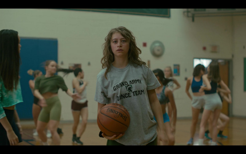 Spalding Basketball Held by Odessa A'zion as Joey Del Marco in Grand Army S01E04 TV Series by Netflix