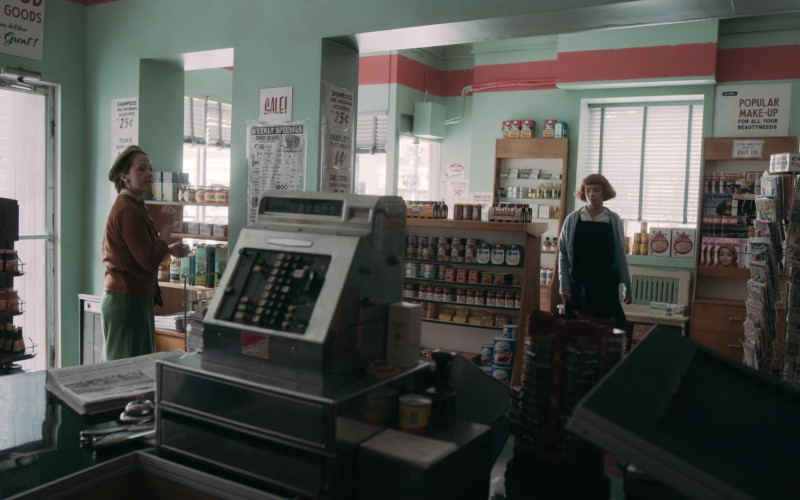 Spam, Campbell's, Crisco in The Queen's Gambit Episode 2 Exchanges (2020)