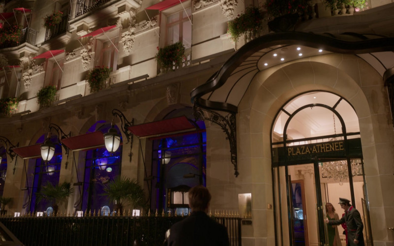 The Hotel Plaza Athénée in Emily in Paris S01E07 French Ending (1)