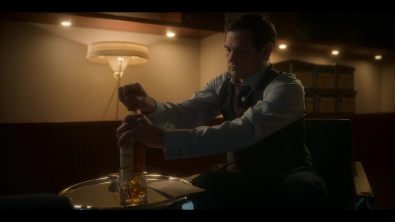 The Macallan Whisky in The Haunting of Bly Manor S01E06 TV Show (2)