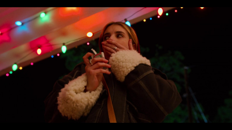 Tic Tac Mints of Emma Roberts as Sloane in Holidate Movie (2)
