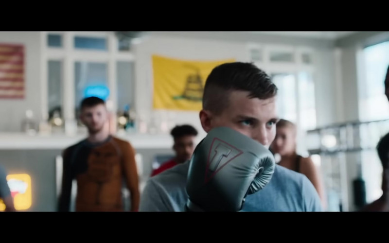 Title Boxing Gloves in Embattled 2020 Film (1)