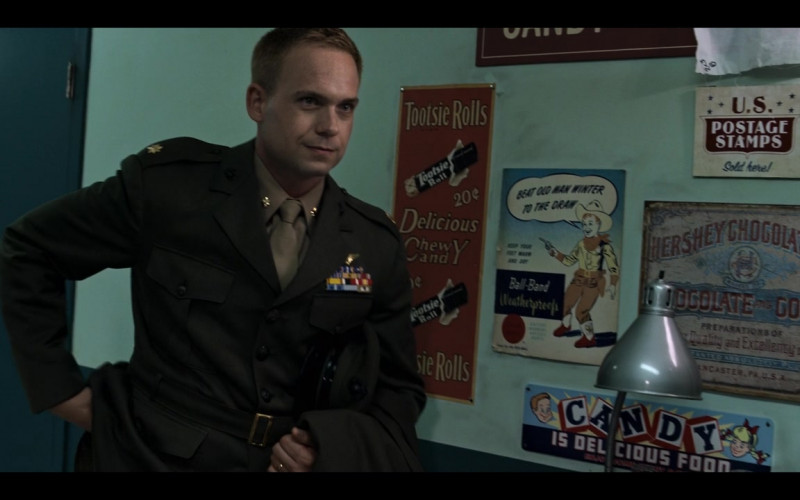 Tootsie Rolls and Hershey Chocolate Company Vintage Signs in The Right Stuff S01E01 Sierra Hotel (2020)