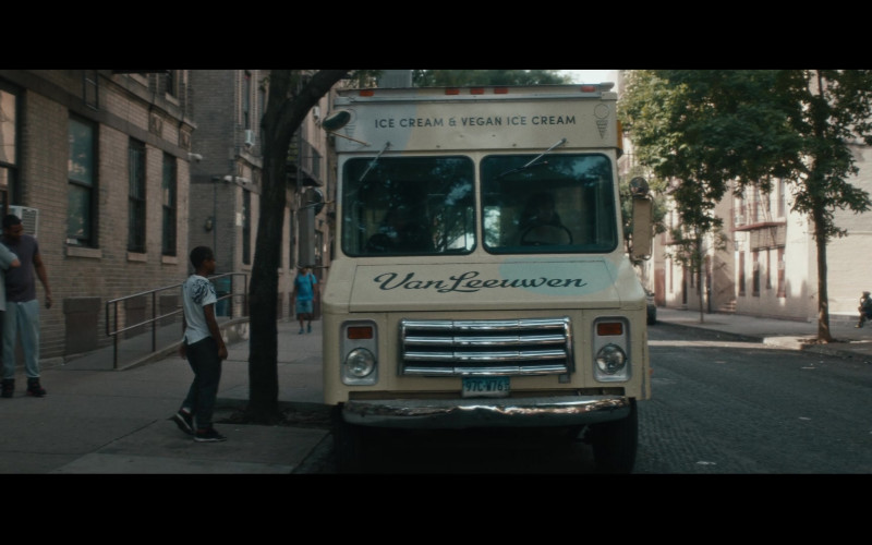 Van Leeuwen Ice Cream Truck in Vampires vs. the Bronx (2020)