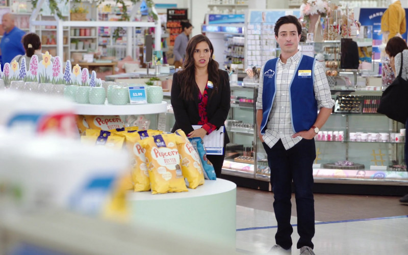 Wise Popcorn in Superstore S06E01 Essential (2020)