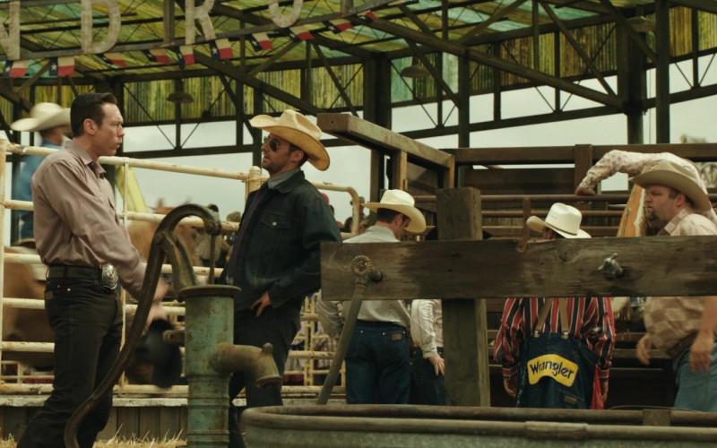Wrangler Jeans in Real Steel (2011)