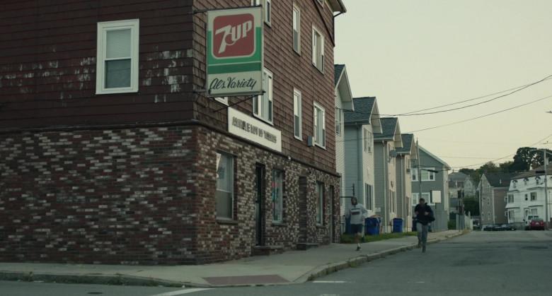 7UP Sign in Jungleland (2019)