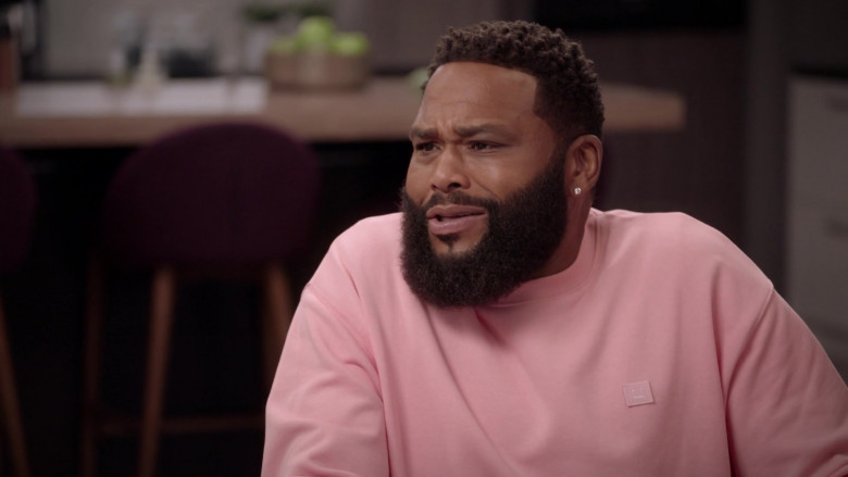 Acne Pink Sweatshirt Outfit of Anthony Anderson as Dre Johnson in Black-ish S07E04 TV Show (3)