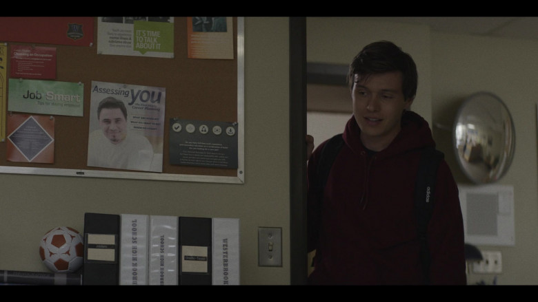 Adidas Backpack of Nick Robinson as Eric Hunter in A Teacher S01E01 (2020)