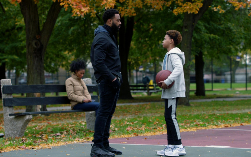 Air Jordan 9 Black Sneakers of LaRoyce Hawkins as Officer Kevin Atwater in Chicago P.D. S08E01 Fighting Ghosts (2020)