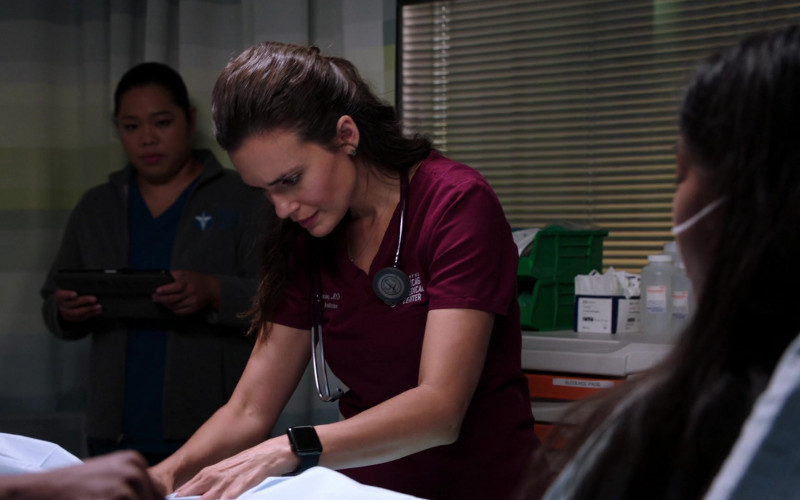 Apple Watch of Torrey DeVitto as Dr. Natalie Manning in Chicago Med S06E01 When Did We Begin to Change (2020)