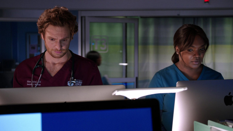 Apple iMac All-in-One Macintosh Desktop Computers in Chicago Med S06E02 (3)