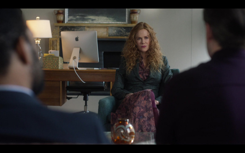 Apple iMac Computer Used by Nicole Kidman as Grace Fraser in The Undoing Episode 2 The Missing (2020)