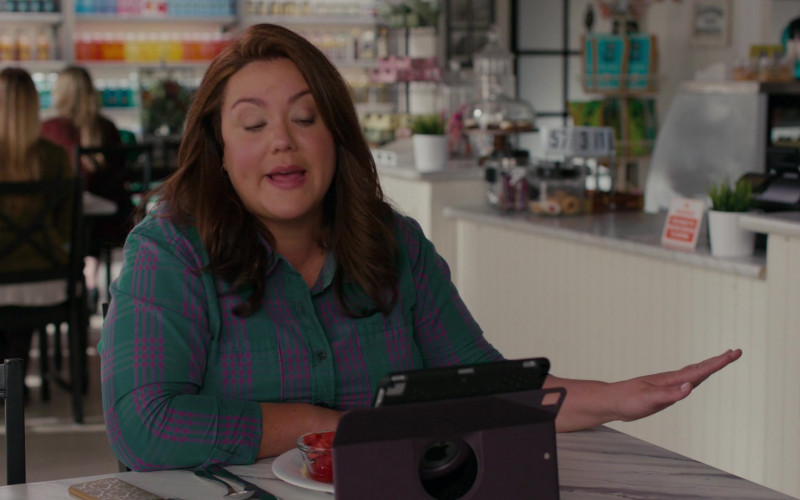 Apple iPad Tablet of Katy Mixon as Katie in American Housewife S05E03 Coupling (2020)