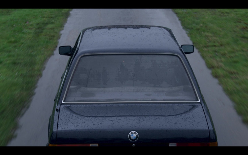 BMW Car in The Crown S04E09 TV Show (2)