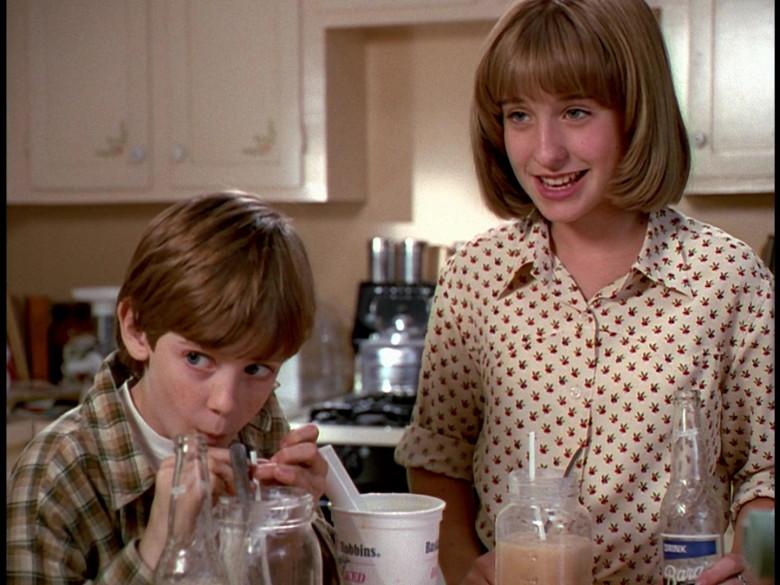 Baskin-Robbins Ice Cream in Honey, We Shrunk Ourselves! Movie (2)