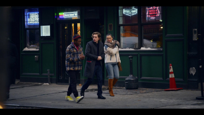 Bud Light, Blue Point Brewing & Stella Artois Beer Signs in Dash & Lily S01E08 New Year's Eve (2020)