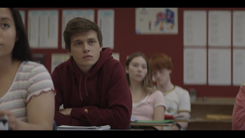 Carhartt Hoodie of Nick Robinson as Eric Hunter in A Teacher S01E01 (2020)
