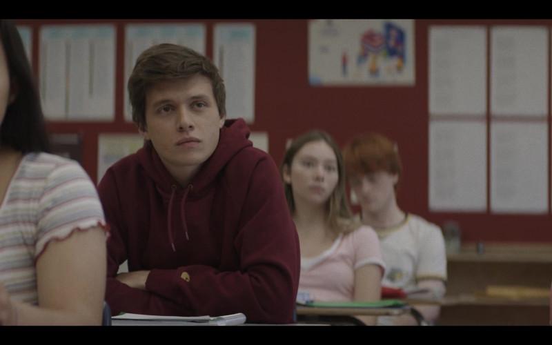 Carhartt Hoodie of Nick Robinson as Eric Hunter in A Teacher S01E01 (2020)