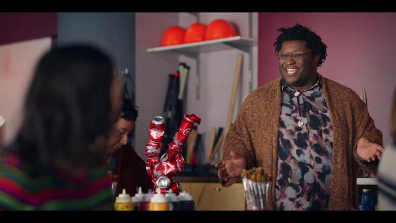 Coca-Cola Cans in Dash & Lily S01E05 TV Show (2)