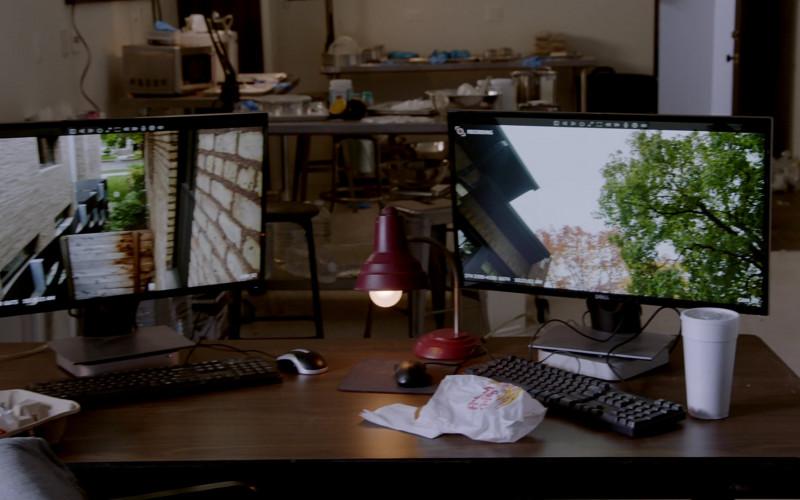 Dell Monitor in Chicago P.D. S08E02 White Knuckle (2020)