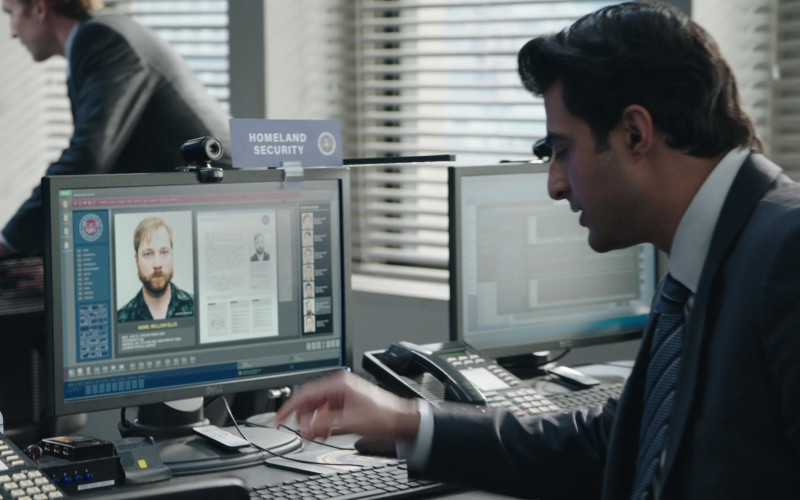 Dell Monitors in FBI S03E01 Never Trust a Stranger (2020)