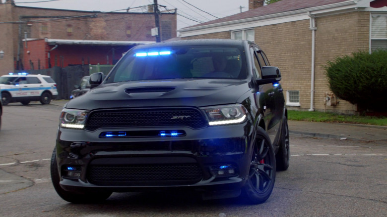 Dodge Durango Black Car of Jason Beghe as Detective Sergeant Henry 'Hank' Voight in Chicago P.D. S08E02 (1)