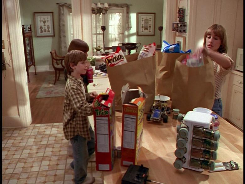 Doritos Chips, Trix, Cheerios Cereals in Honey, We Shrunk Ourselves! (1997)
