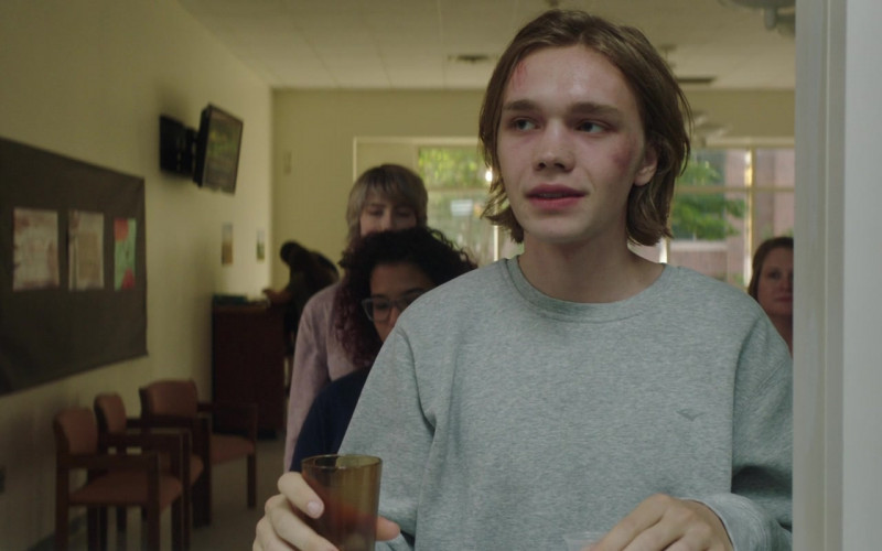 Everlast Sweatshirt of Charlie Plummer as Adam in Words on Bathroom Walls (2020)
