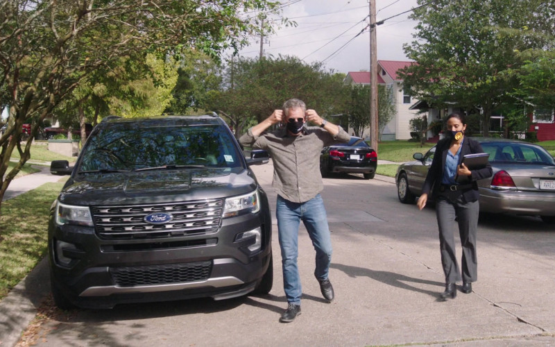 Ford Explorer Car of Scott Bakula as Dwayne 'King' Cassius Pride in NCIS New Orleans S07E03 One of Our Own (2020)
