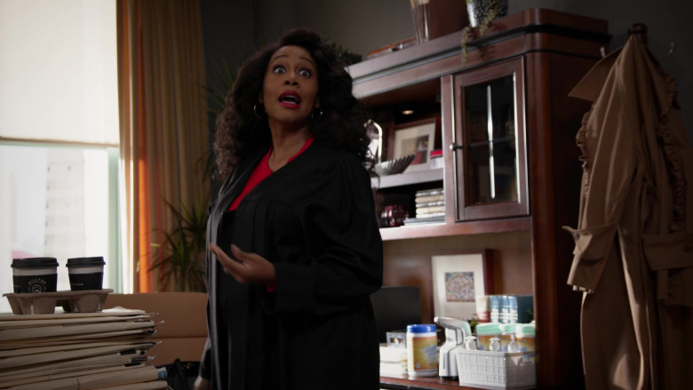 Hilltop Coffee Enjoyed by Simone Missick as Judge Lola Carmichael in All Rise S02E01 TV Show (2)
