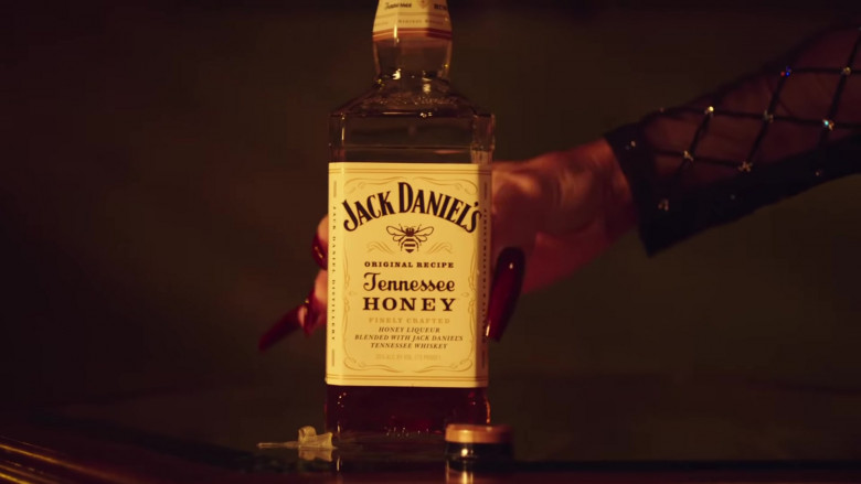 "Jack Daniel's Tennessee Honey Whiskey in ""Back to the Streets"" by Saweetie feat. Jhené Aiko (1)"