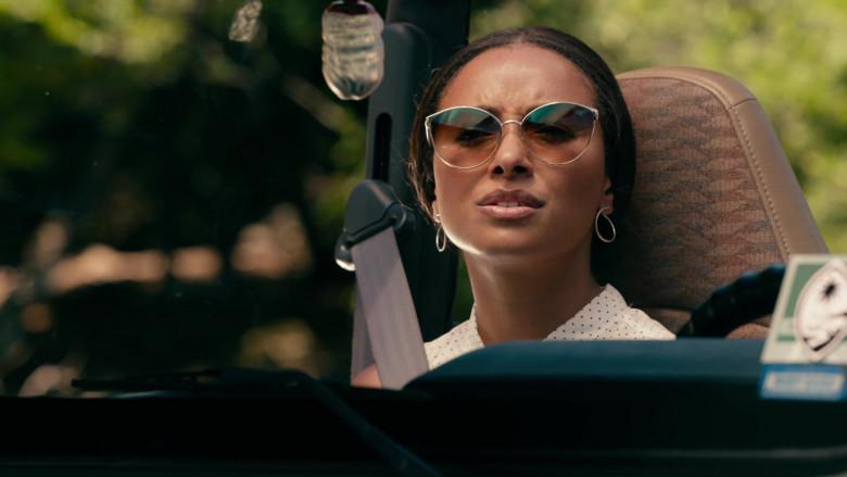 Kat Graham as Erica Miller Wears Tom Ford Zeila Cat Eye Sunglasses in Operation Christmas Drop Movie (4)