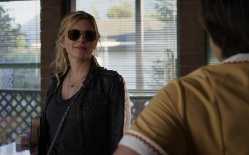 Katheryn Winnick as Jenny Hoyt Wears Ray-Ban 3548n Hexagonal Sunglasses in Big Sky S01E02 TV Show (1)