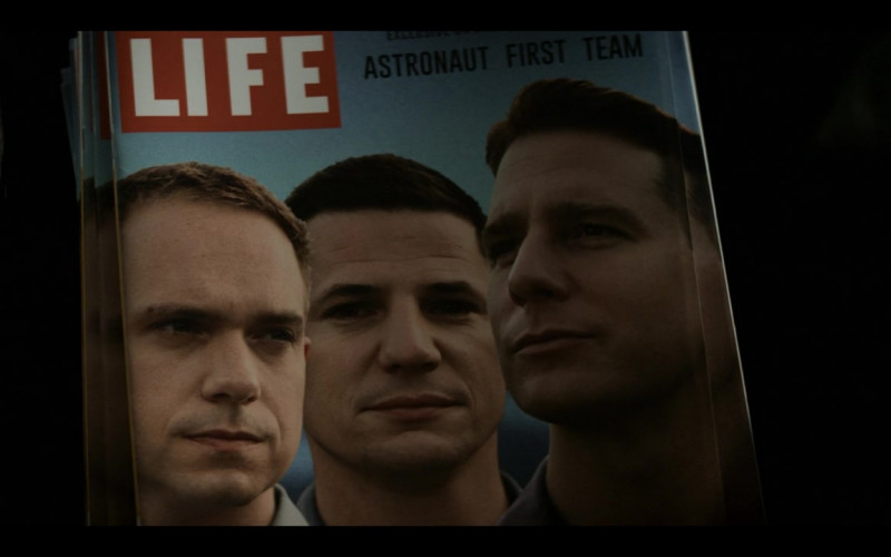 LIFE Magazines in The Right Stuff S01E06 Vostok (1)