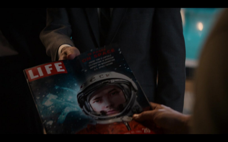 Life Magazine in The Right Stuff S01E07 Ziggurat (2020)