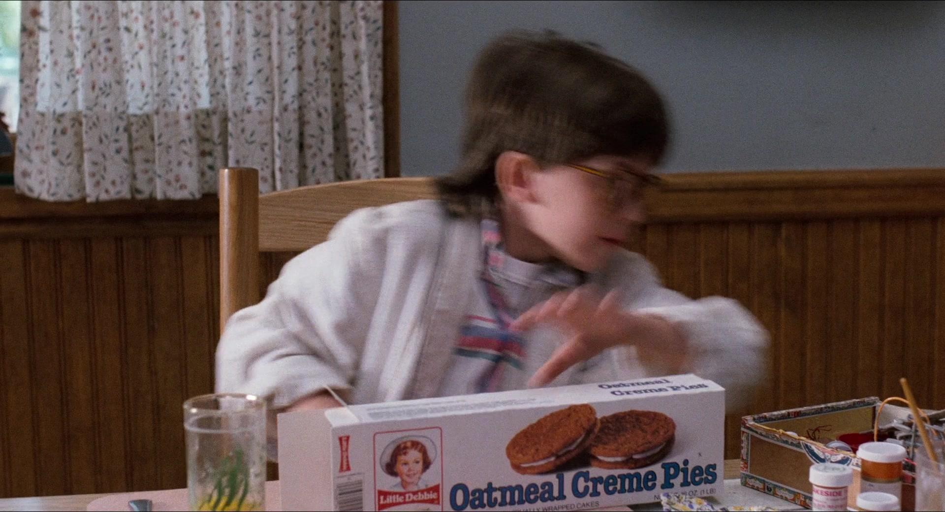 Little Debbie Oatmeal Creme Pies In Honey I Shrunk The Kids 1989