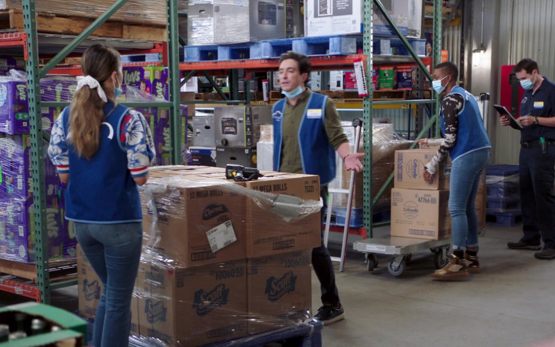 Luvs Diapers, Scott Towels and Cottonelle in Superstore S06E03 Floor Supervisor (2020)