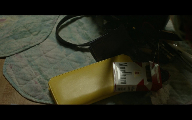 Marlboro Cigarettes in Hillbilly Elegy Movie (1)