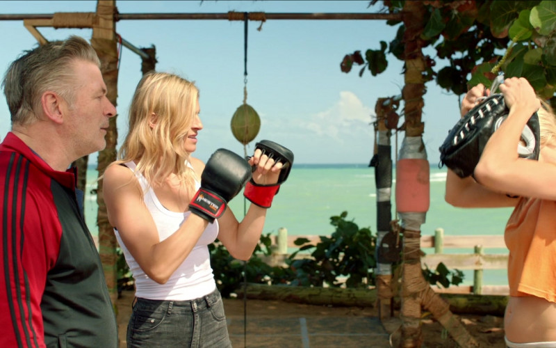 Meister MMA Training Gloves of Alexia Barlier in Chick Fight (2020)